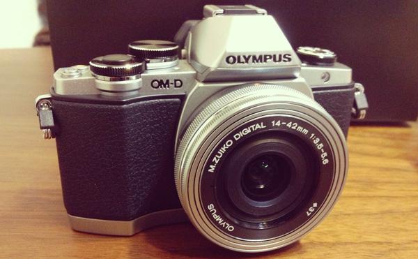 オリンパス OM-D E-M10
